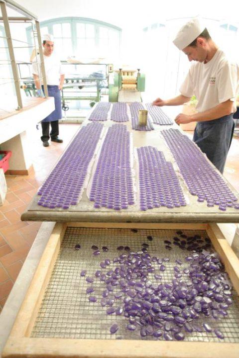 bonbons à la violette CRT Riviera cote azur
