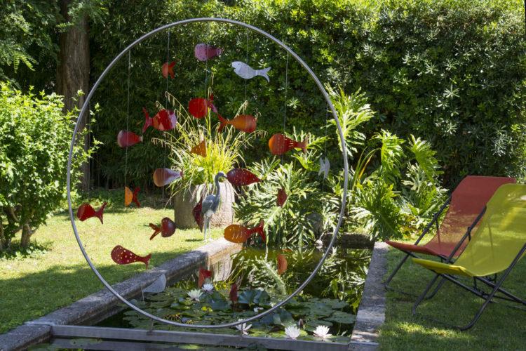 Jardin bassin transats french_riviera